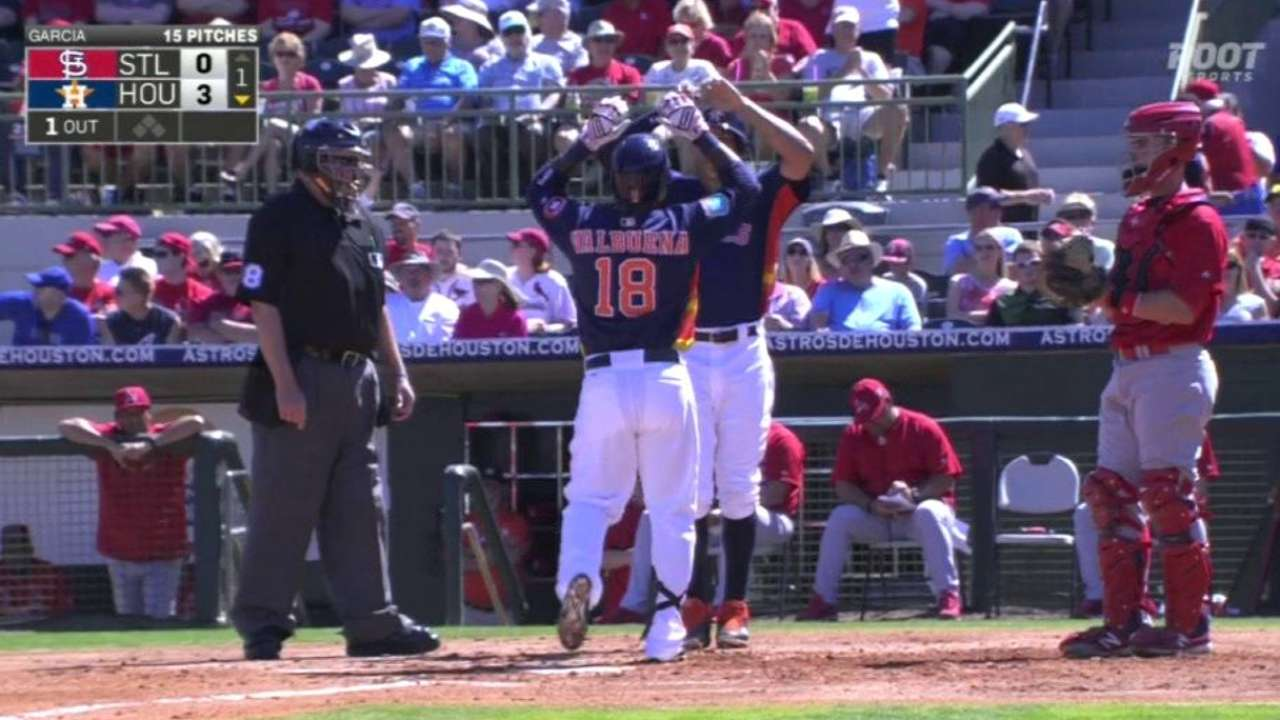 Valbuena's two-run homer