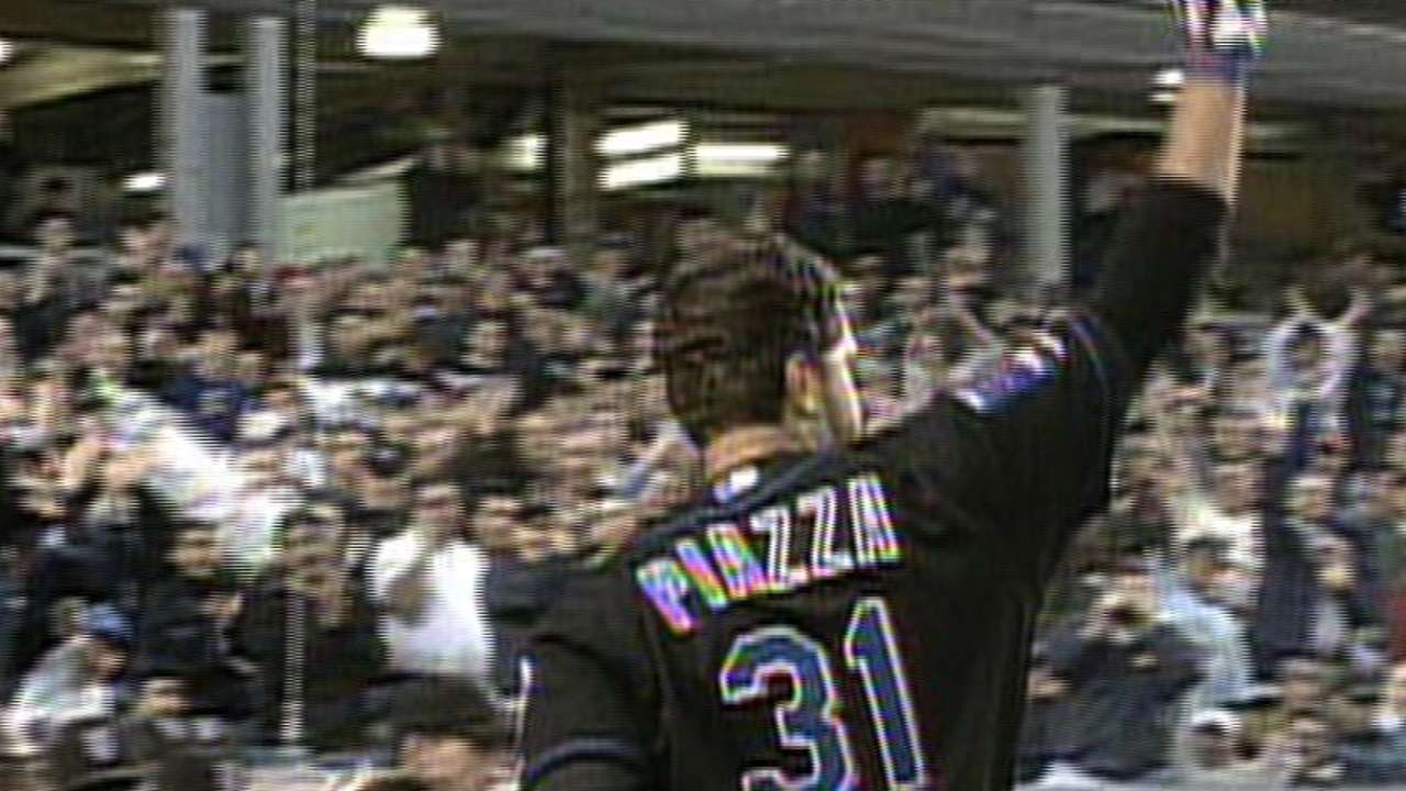 Piazza sets catcher's record