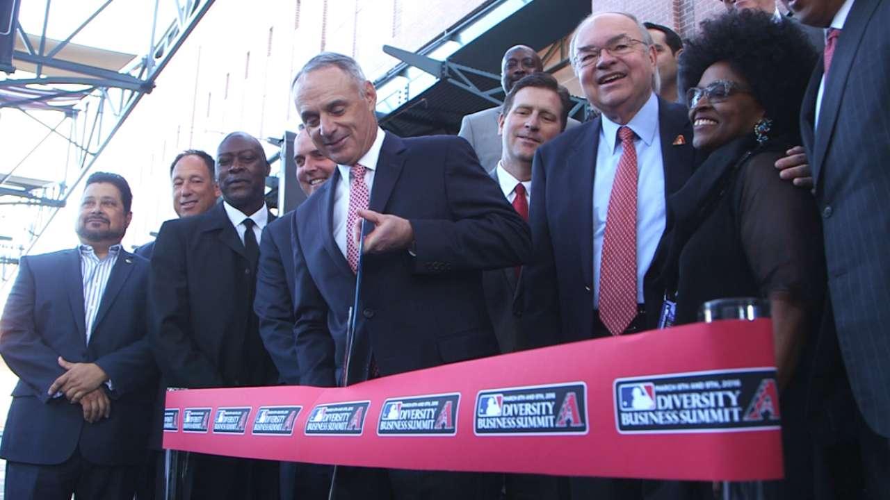 Manfred broadens scope of MLB's diversity initiatives