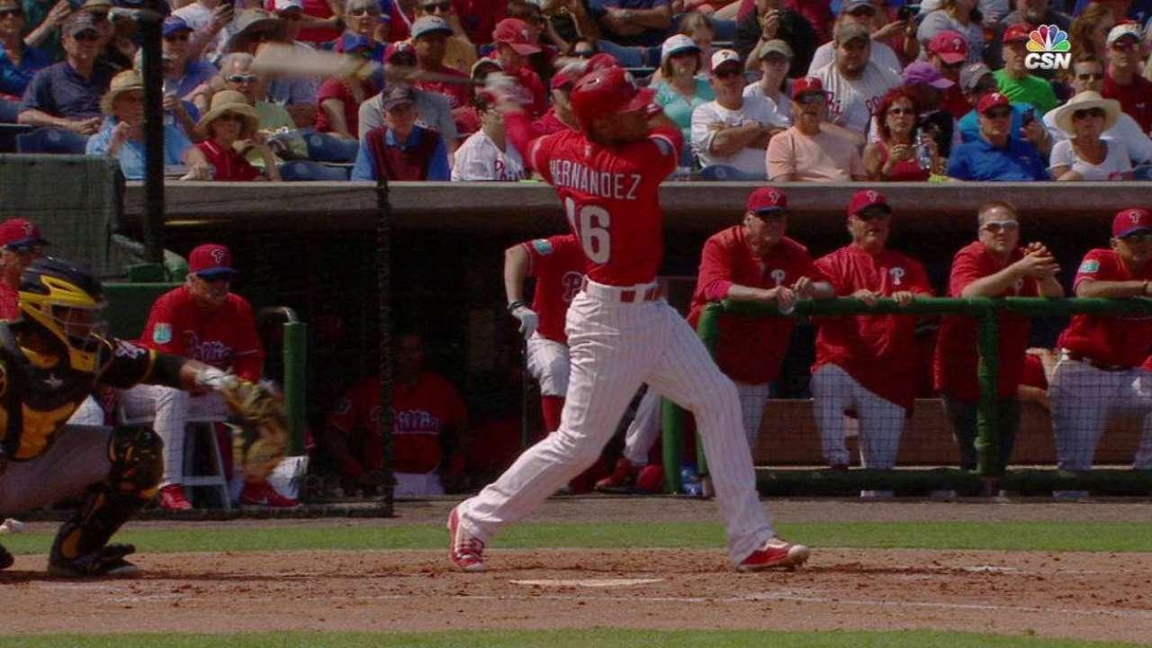 Hernandez's two-run triple