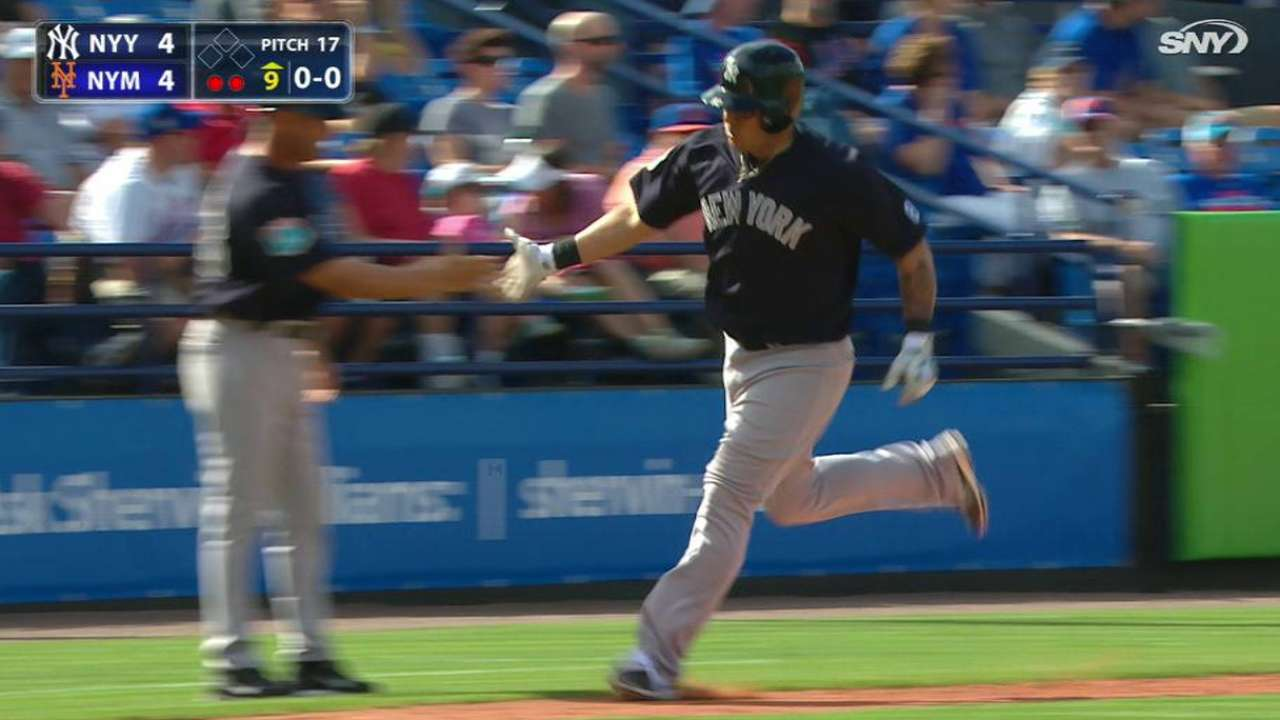 Valle's game-tying solo homer