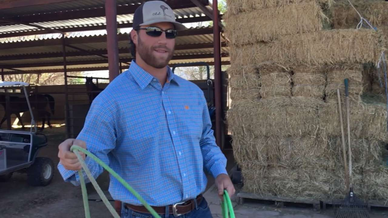Cowboys and Indians: Anderson spending time at ranch