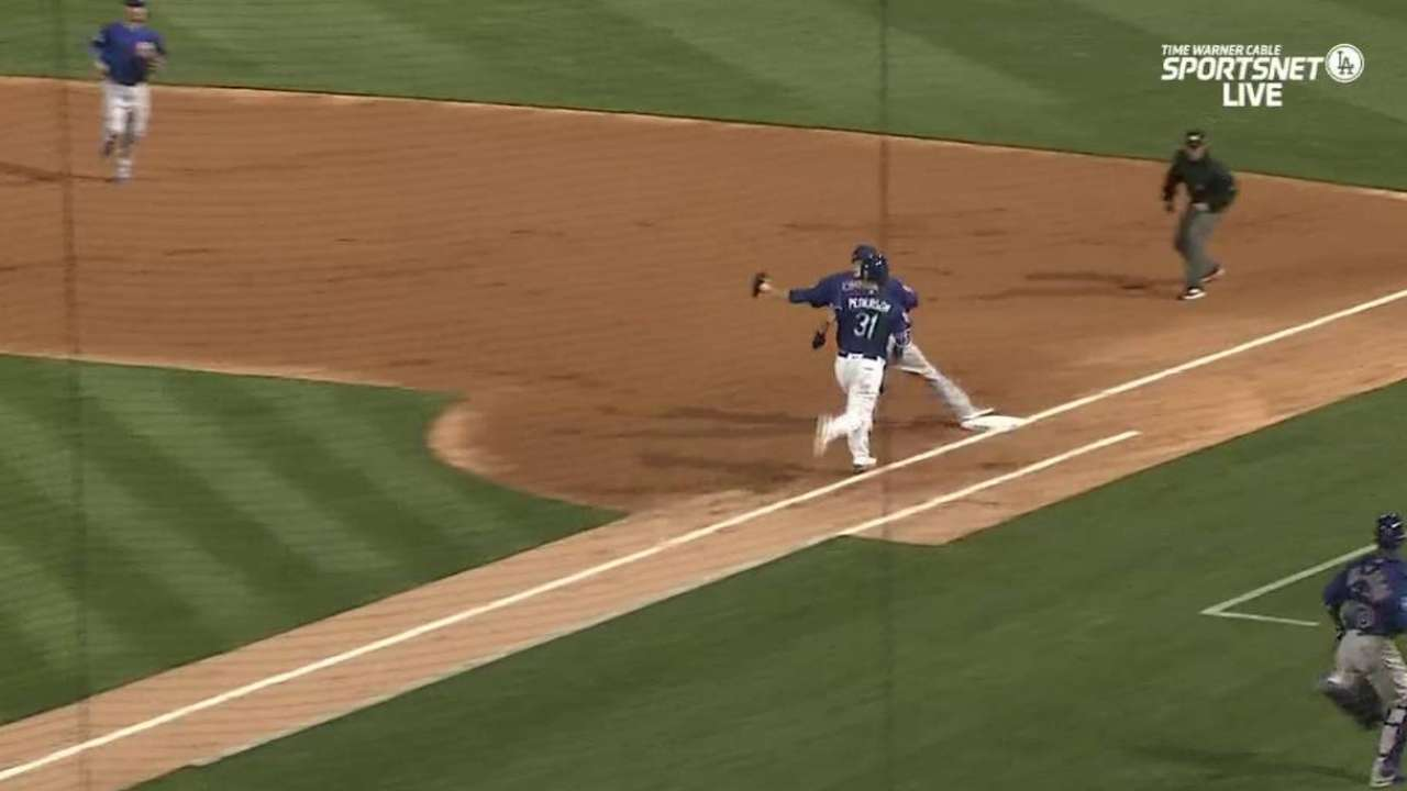 Baez adds second base to spring positions
