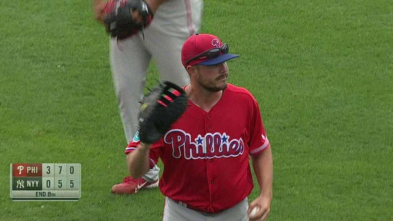 Phillies send Stassi, Featherston to Minors