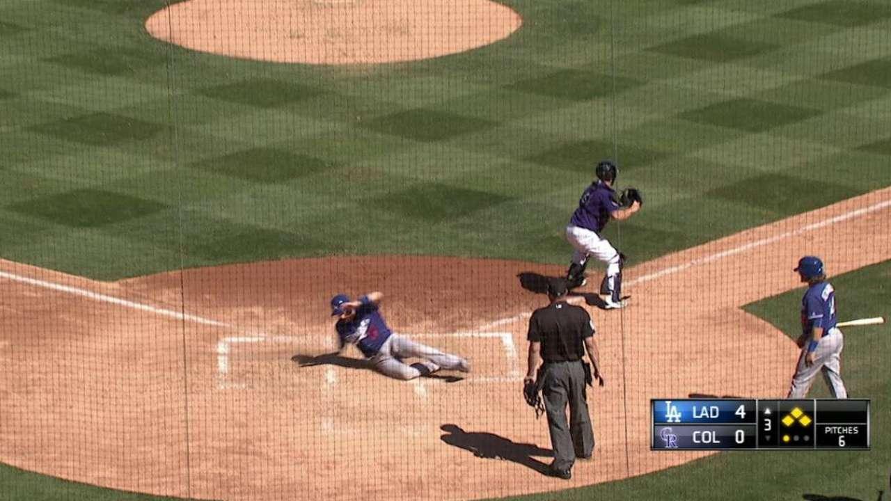Bellinger's two-run double