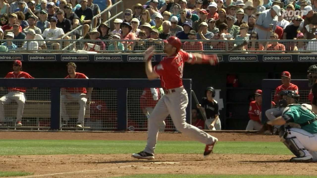 Cozart, Cave go back-to-back; Reds top M's
