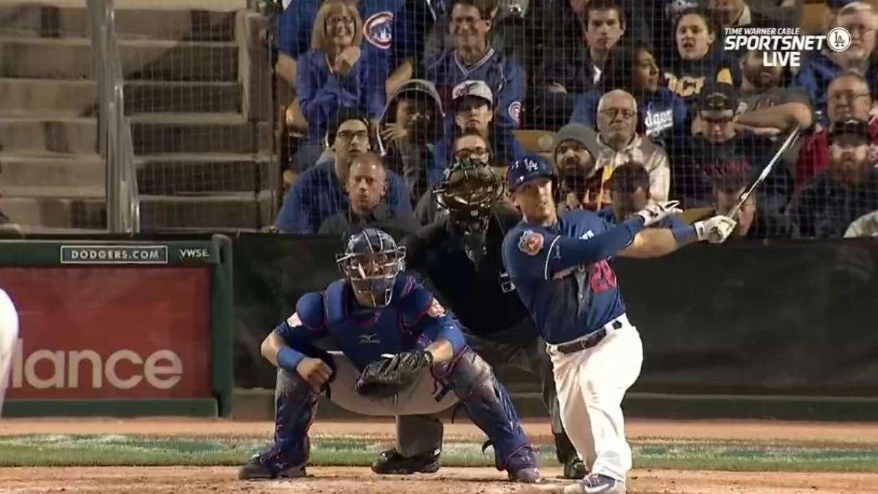 Barnes homers again in wild win vs. Cubs