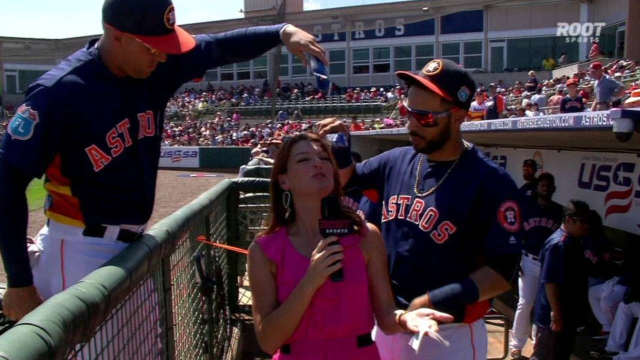 Astros have fun in the dugout