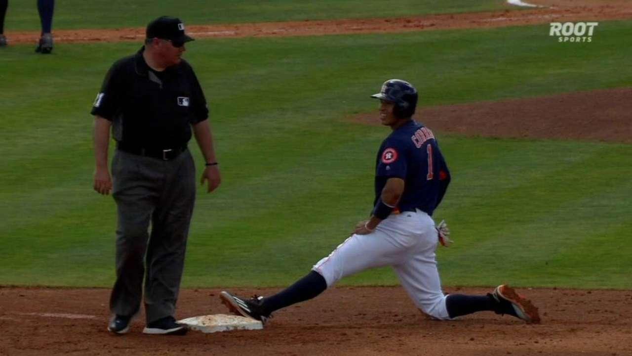 Zimmermann picks off Correa