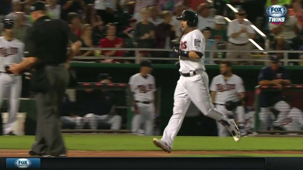 Dozier's solo shot to left field
