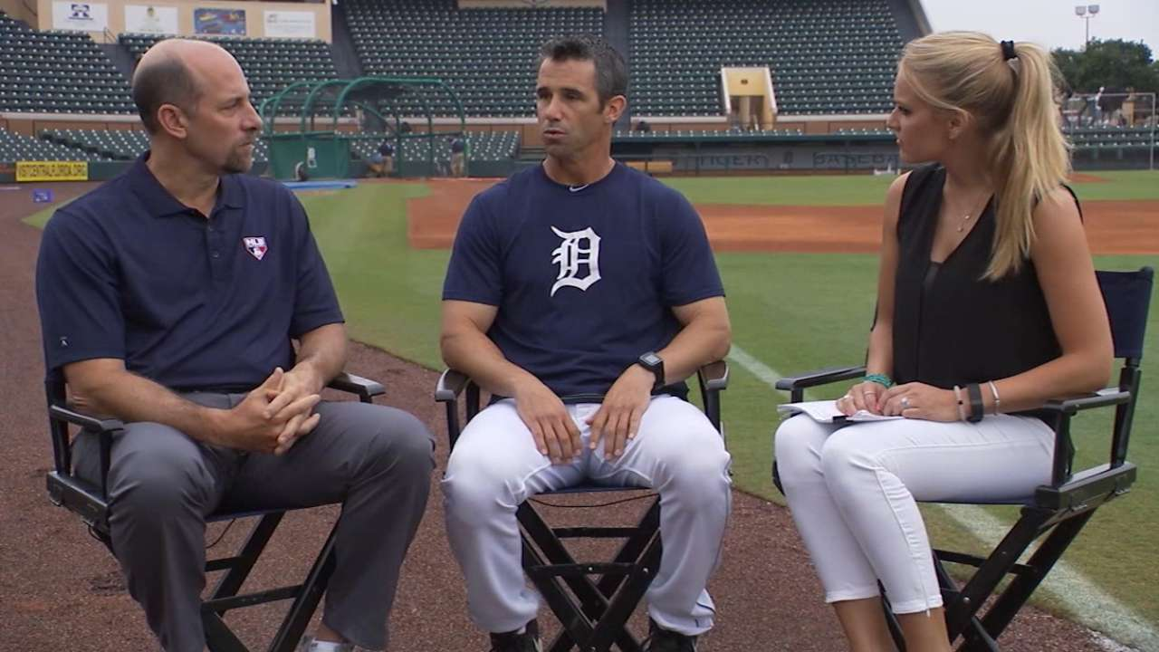 Ausmus addresses policy on kids in clubhouse