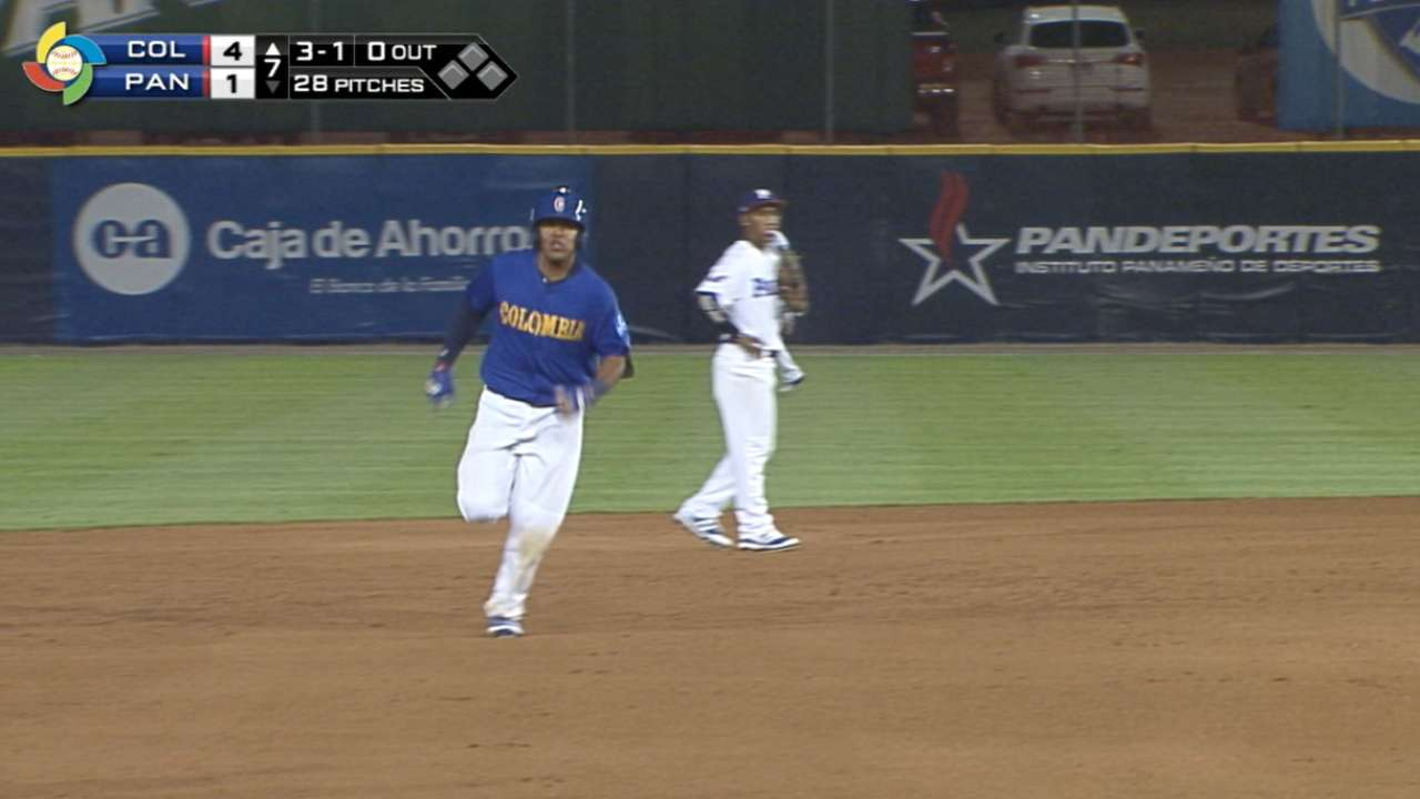 Rodriguez's homer to center