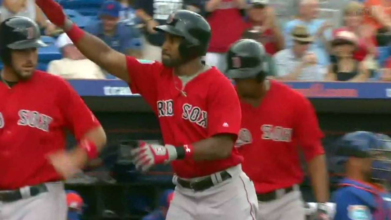 Young's 3-run blast paces Red Sox vs. Mets