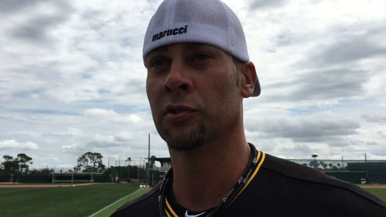 Vogelsong gets ready for season