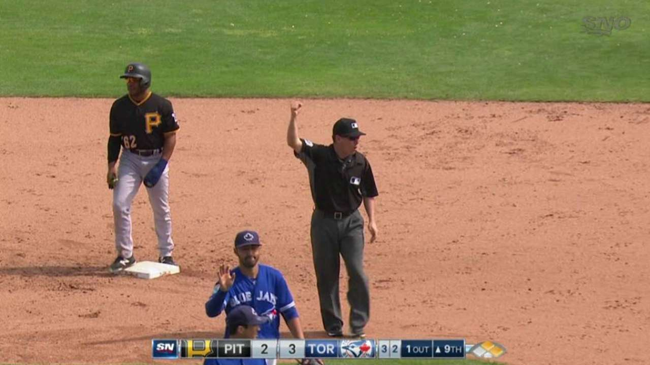 New slide rule invoked to end Blue Jays-Bucs game