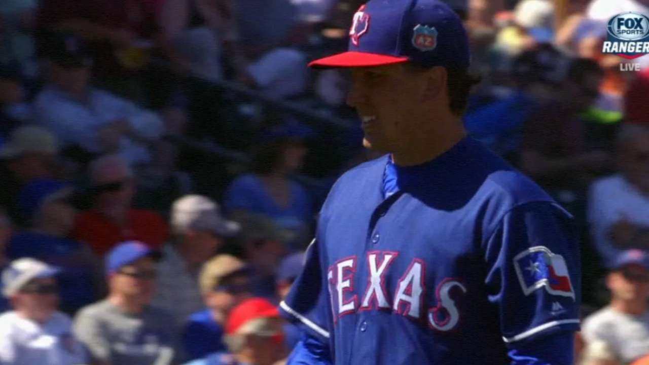 Holland, Desmond star in win over Cubs