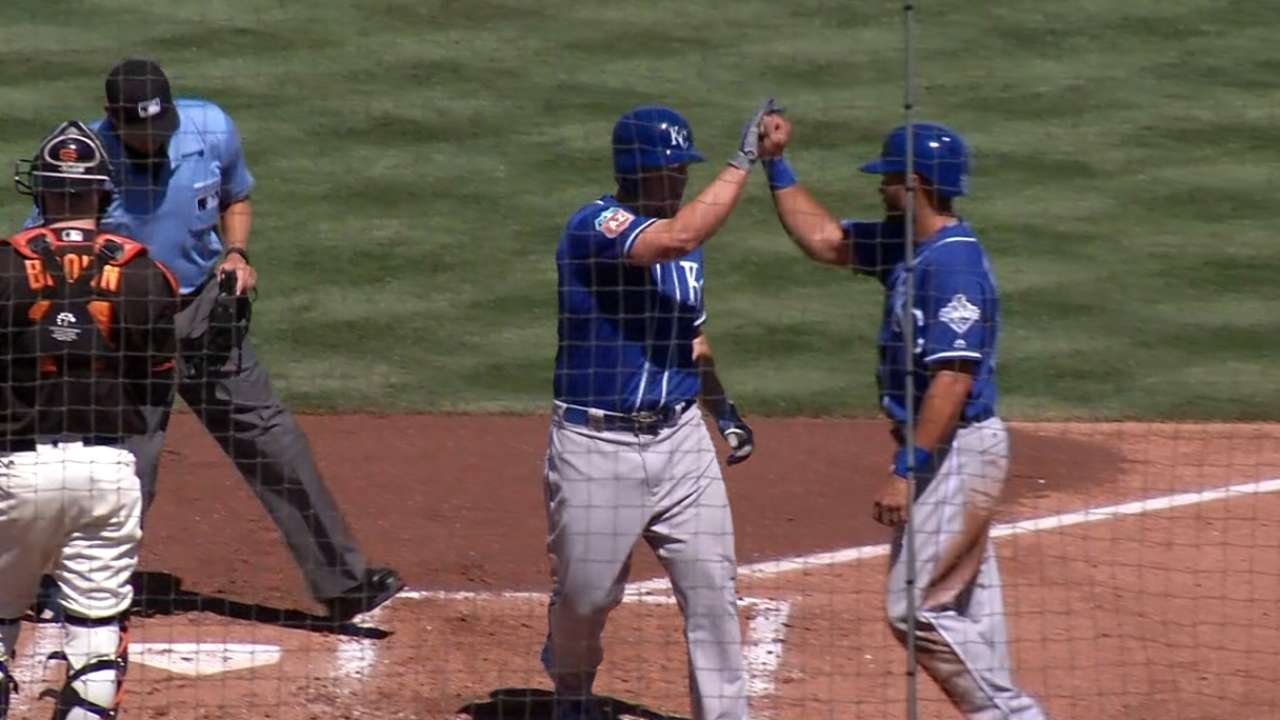 Snider inks Minor League deal with Rangers