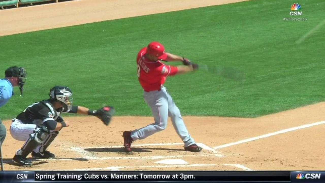 De Jesus Jr.'s three-run homer