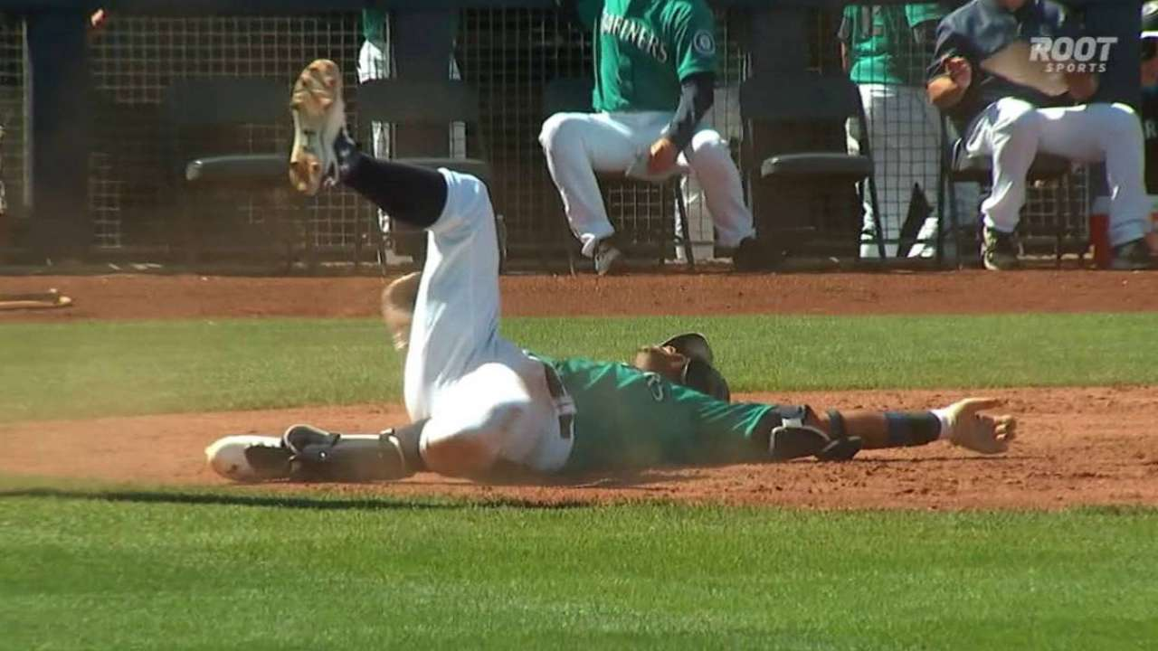 Marte's inside-the-park HR fuels Mariners' big day