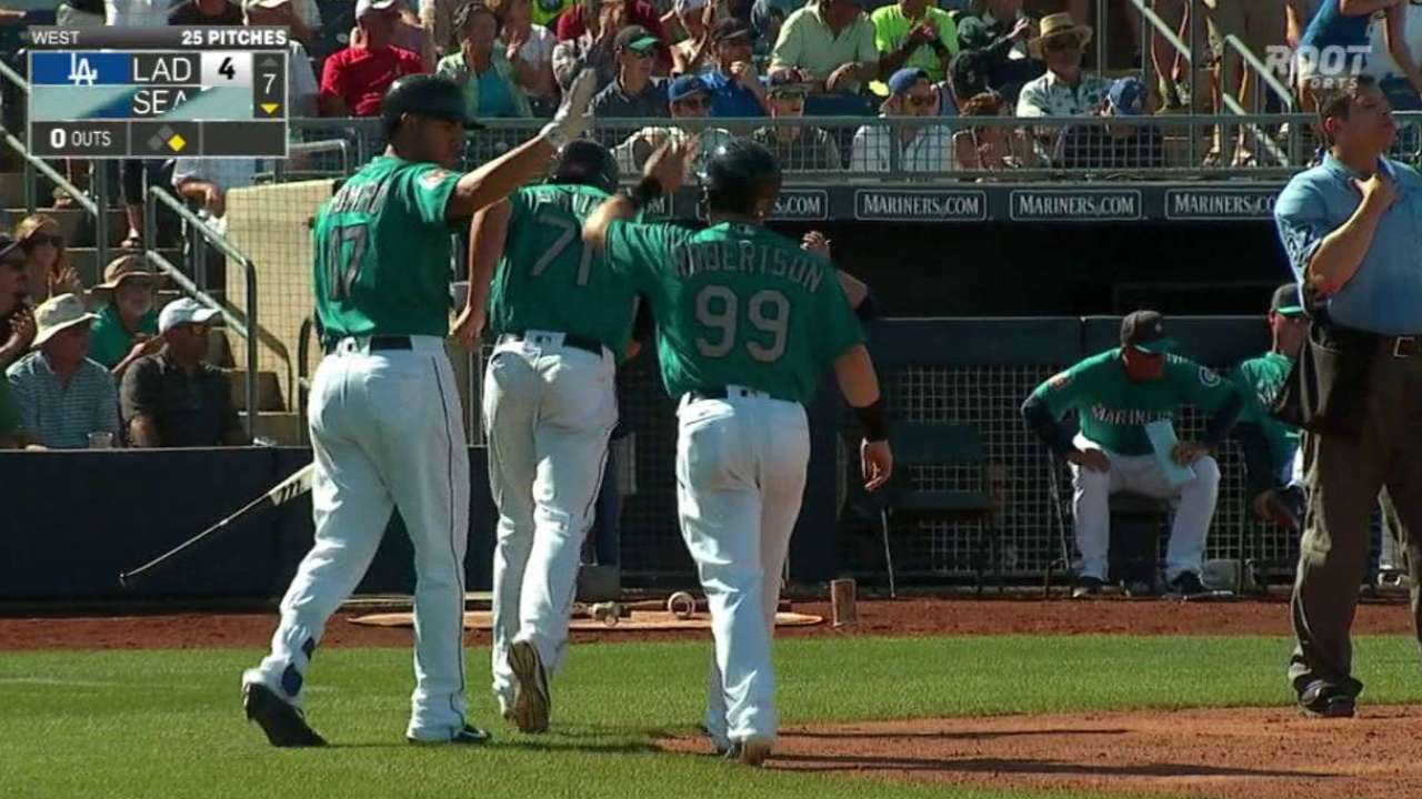 Seager's two-run double
