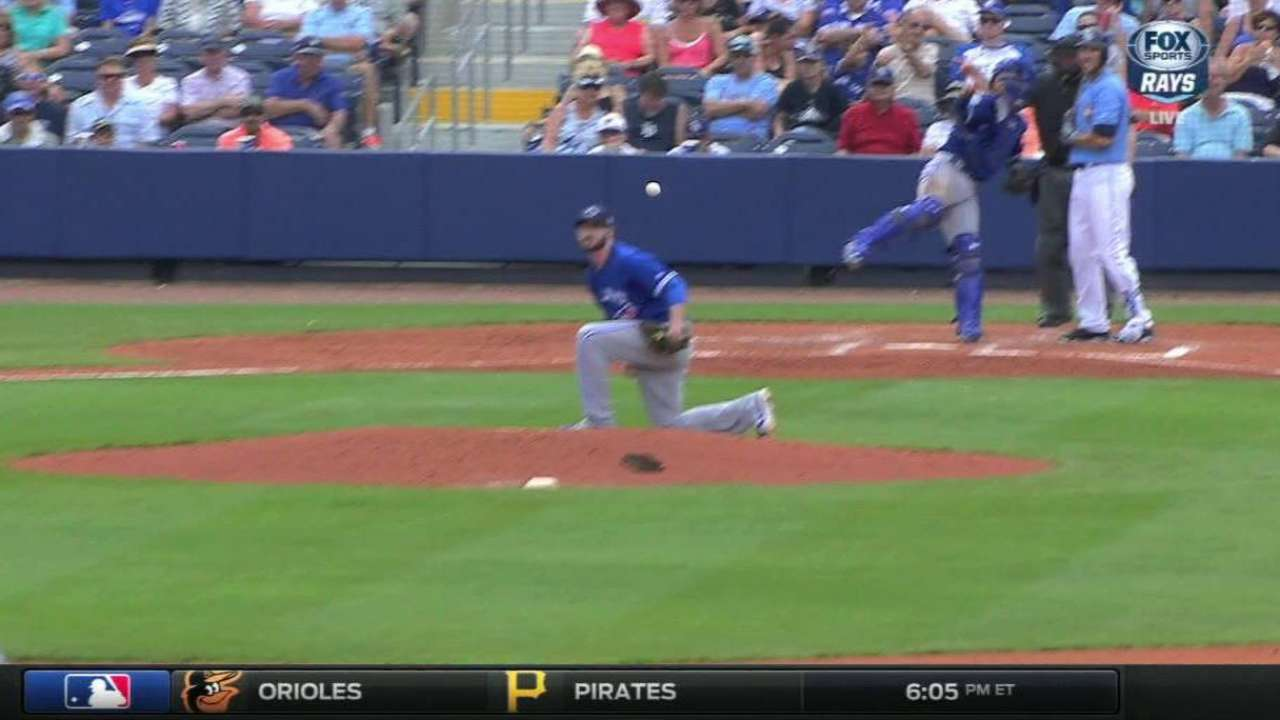 Hutchison exits game after freak play