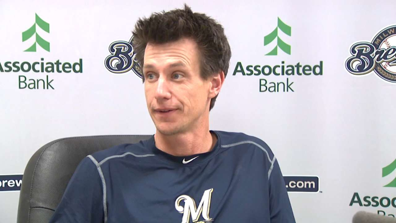 Boyer, Flores make Brewers' roster