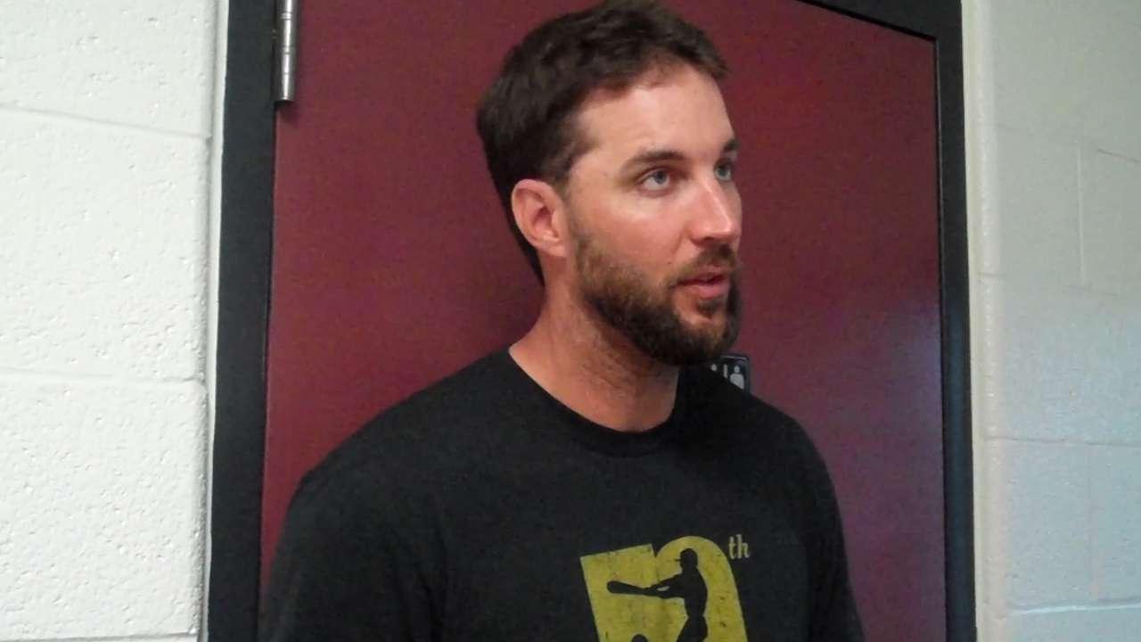 Wainwright shifts focus to Bucs after rainout