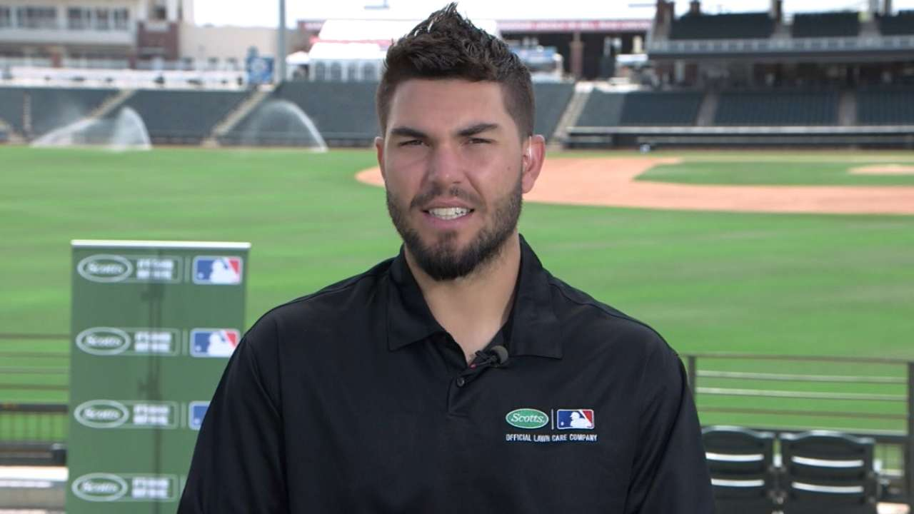 Hosmer hosts Pitch, Hit and Run contest