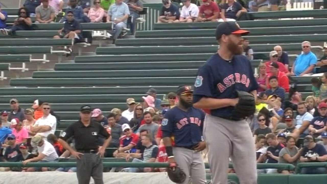Astros send Straily to SD for catcher Kratz