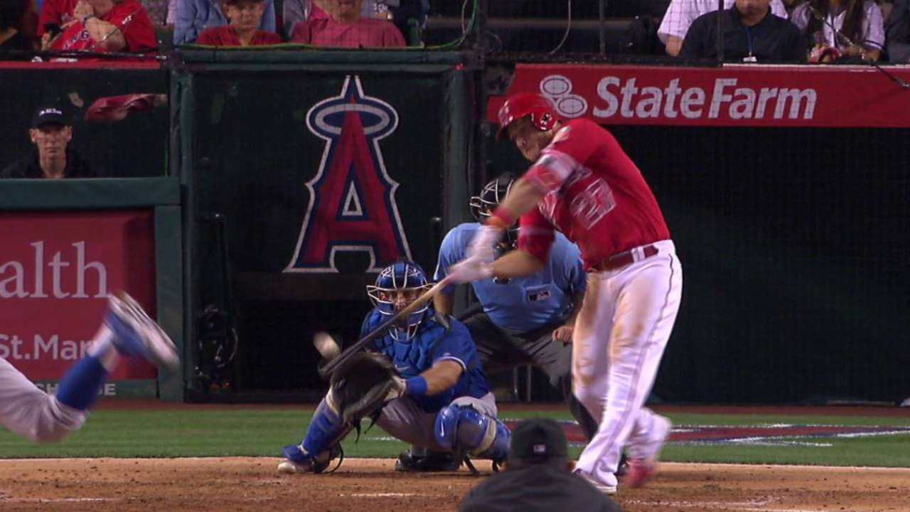 Trout's 3 RBIs secure Freeway Series sweep
