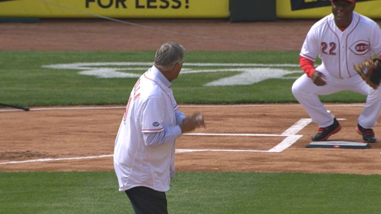 Piniella throws out first pitch