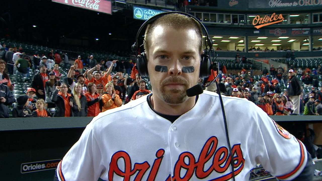 Wieters on walk-off hit