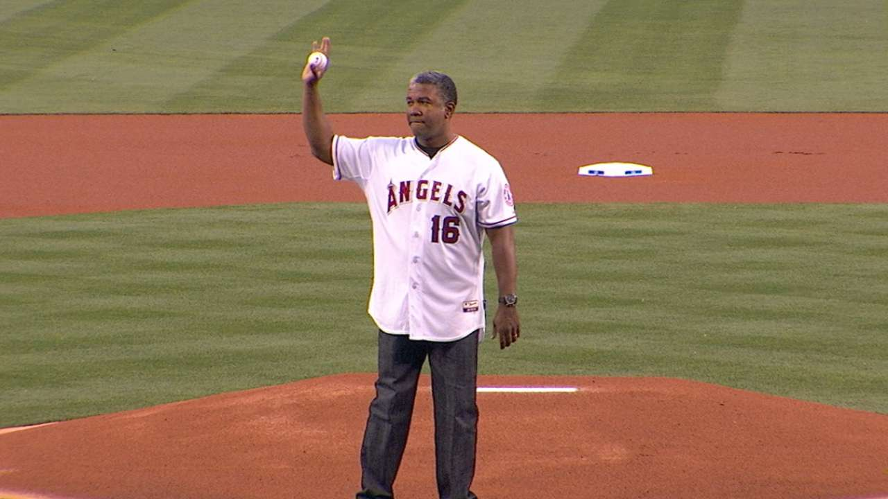 Anderson throws first pitch