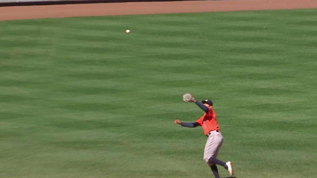 Correa's terrific catch