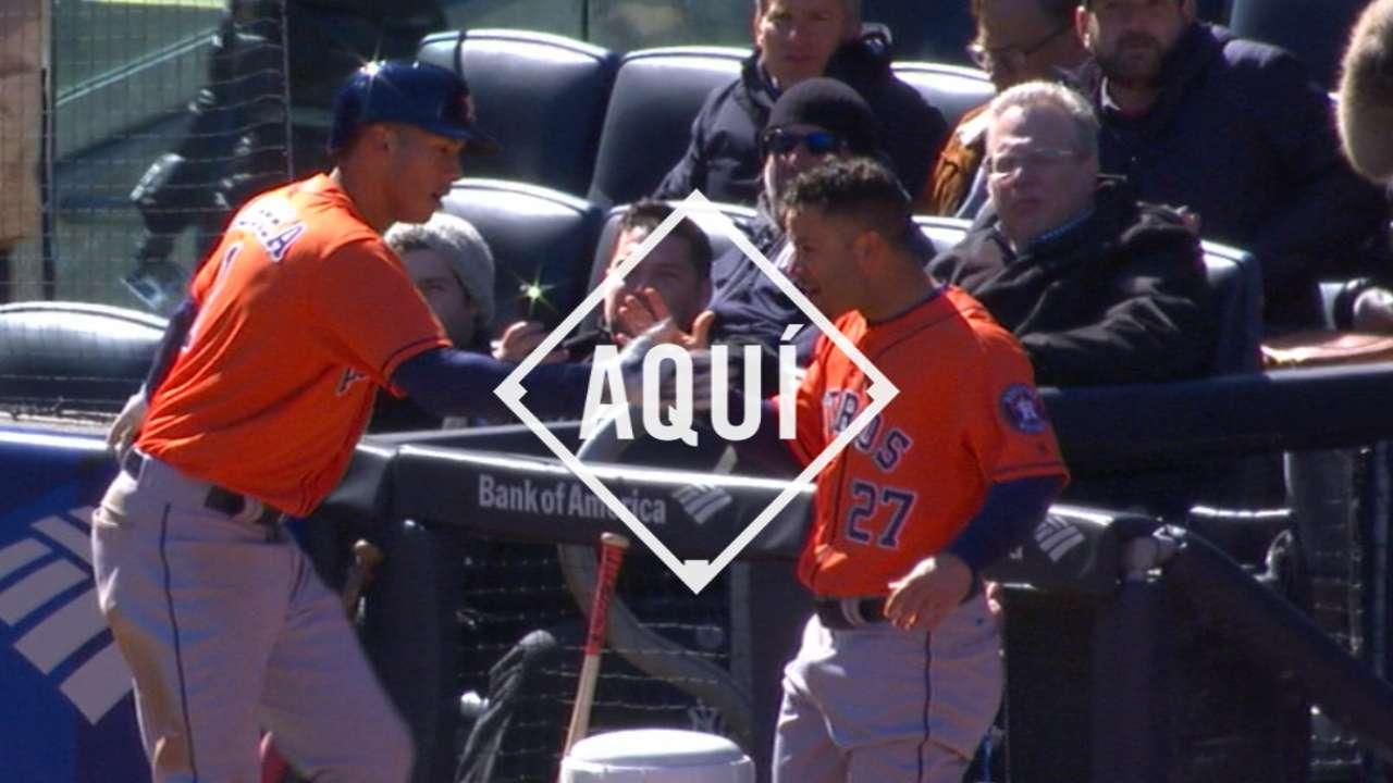Astros se imponen a Yankees detrás del bate de Correa