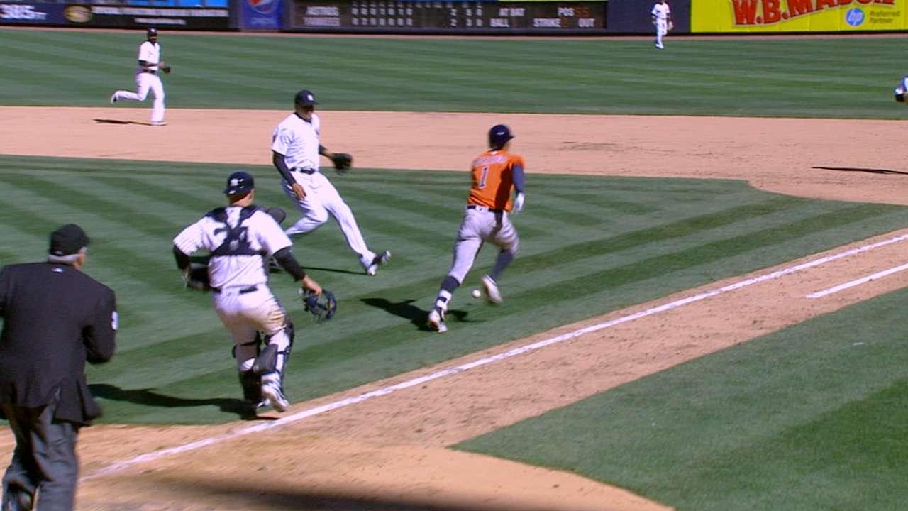 Yanks signal protest on Astros' go-ahead run