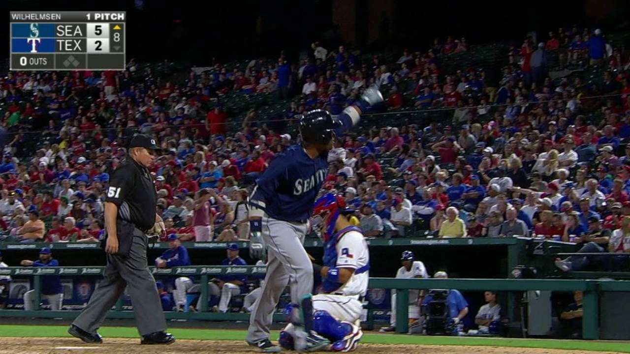 Cano at the ready, and flashing power stroke