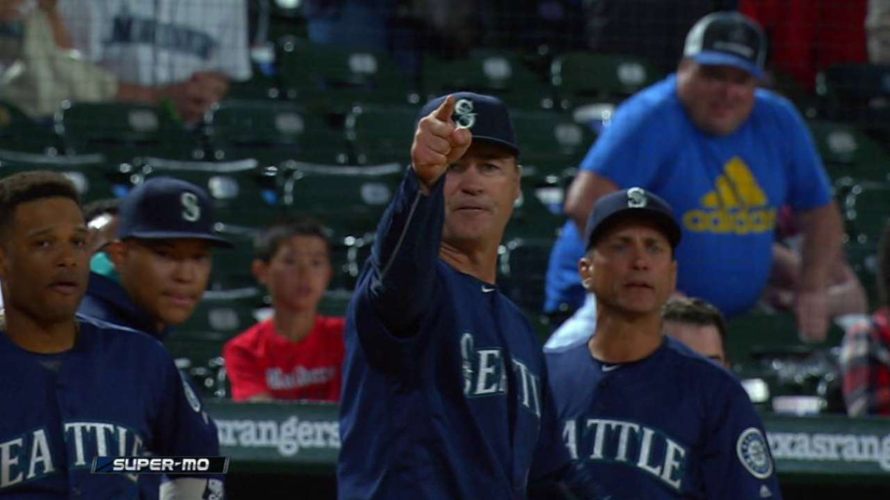 Servais wins 1st game, and players' respect