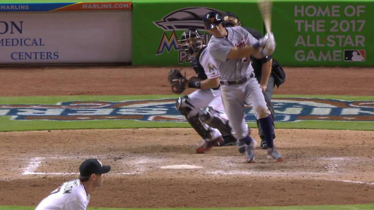 Kinsler's 4th RBI saves Tigers in 11 after Fish rally