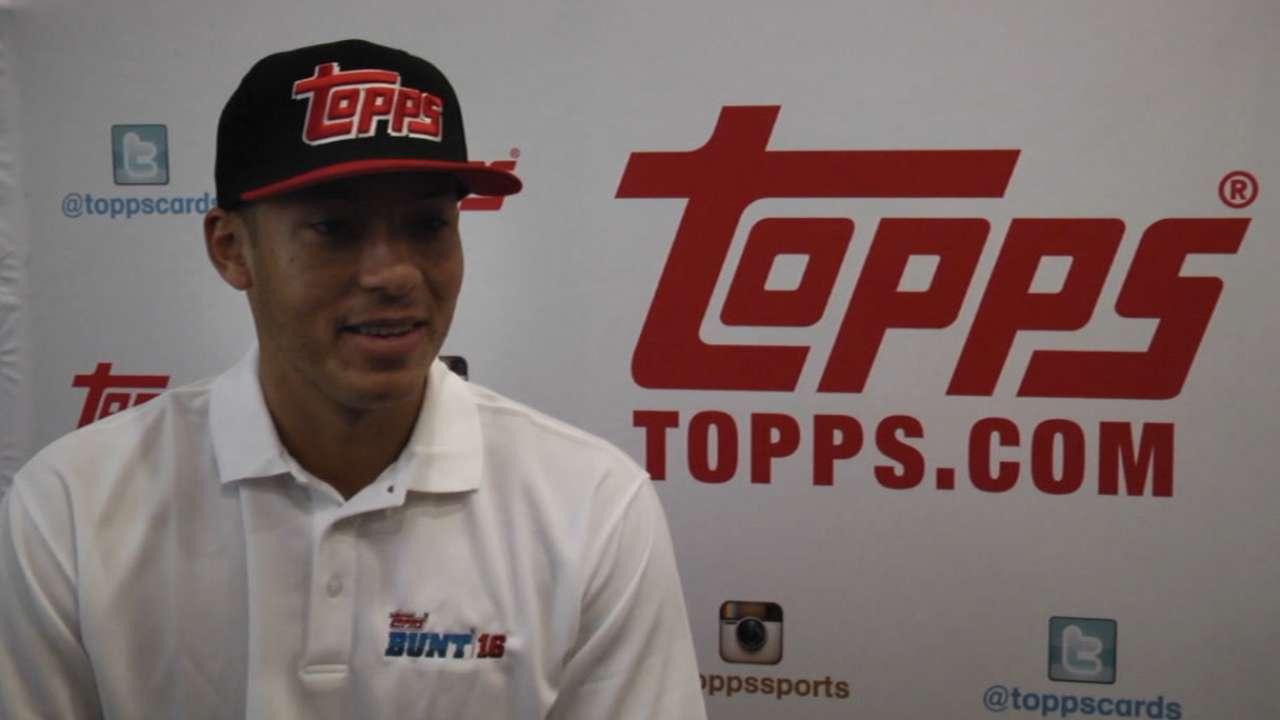 Correa, Topps team up for new baseball cards