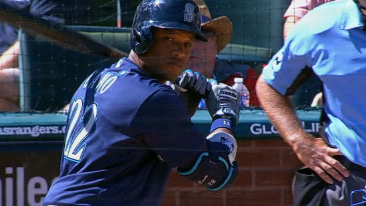 Must C: Cano hits two homers