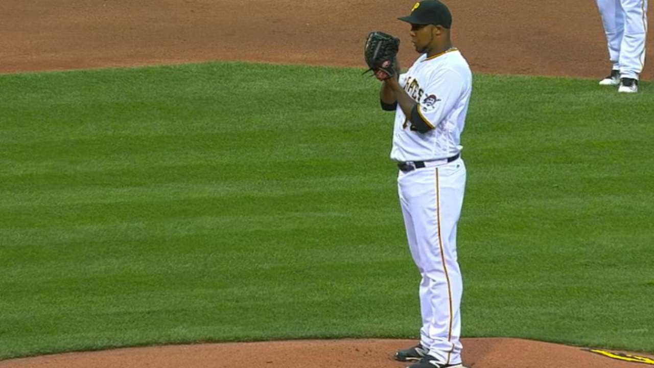 Nicasio dazzles as Bucs sweep Cards
