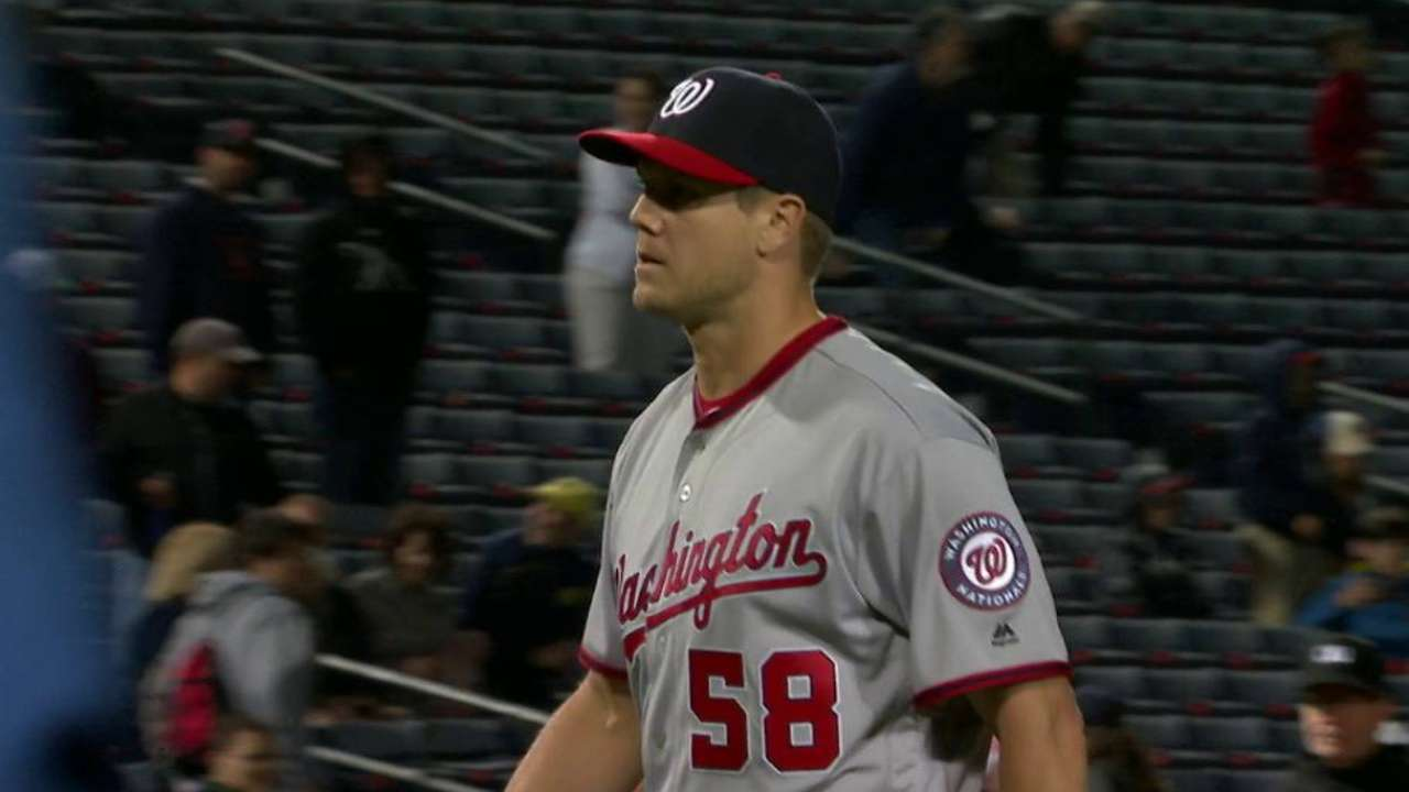 Papelbon gets the save