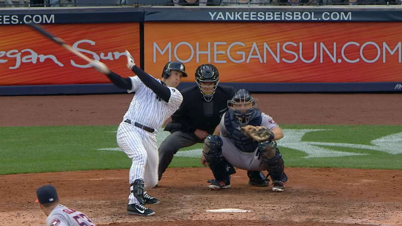 Tiebreaking blast from Tex lifts Yankees