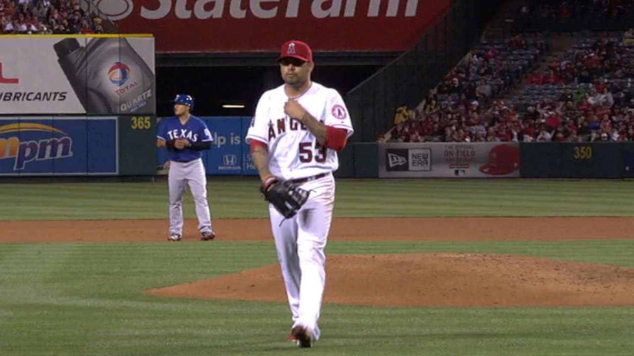 Santiago's solid start a welcome sign for Halos