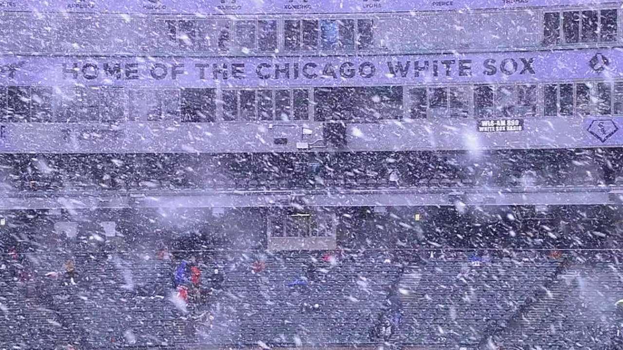 Chicago receives snow pregame