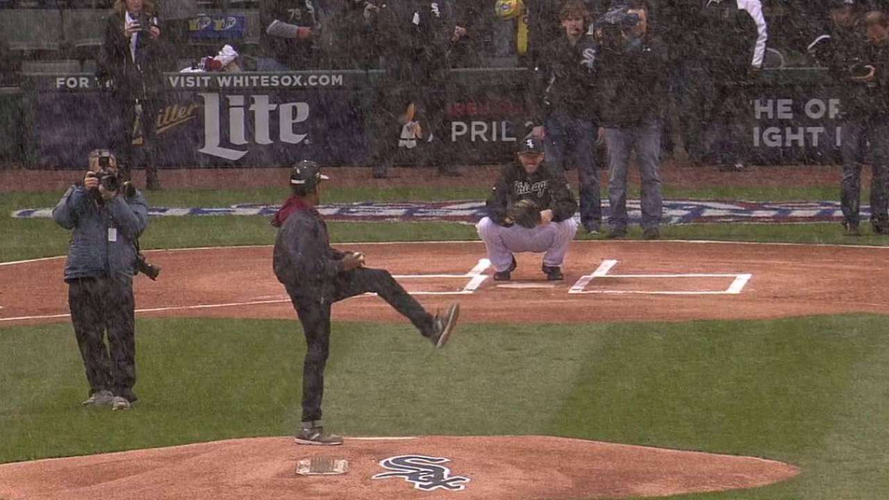 White Sox home opener has wintry feel