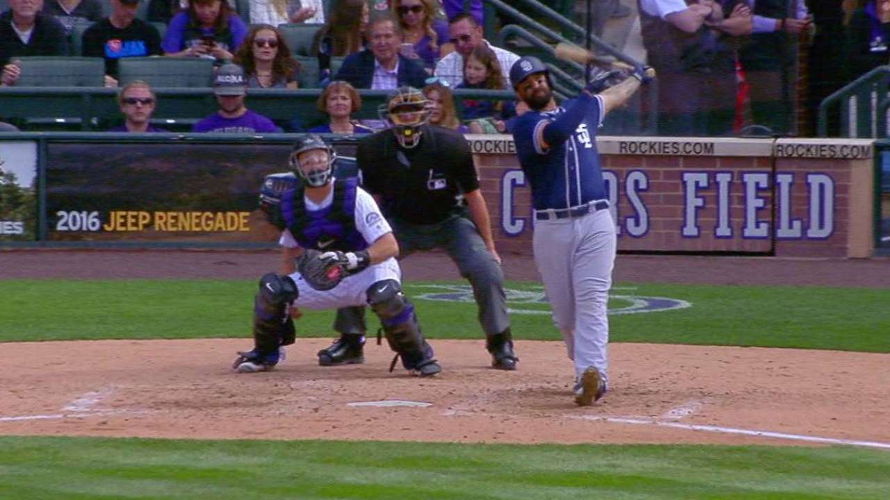 Kemp's three-run shot