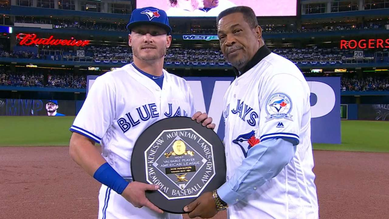 Donaldson receives MVP award
