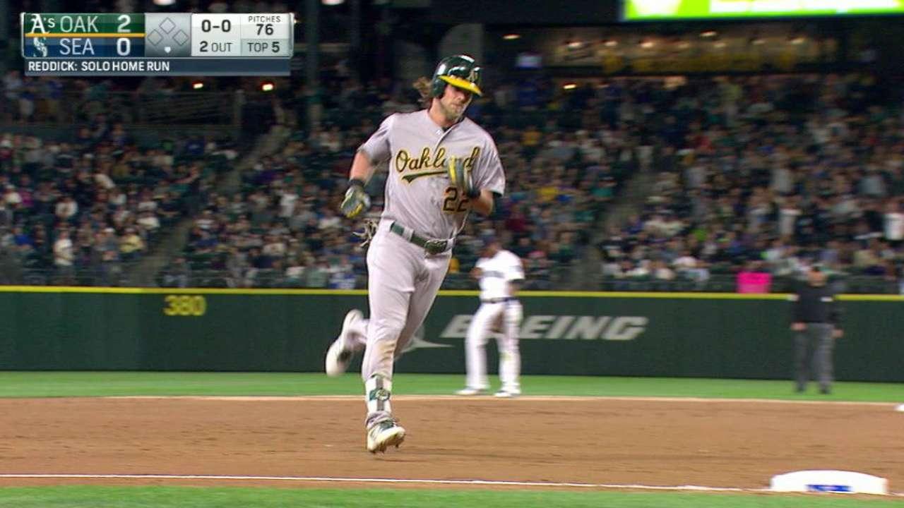 Reddick's solo homer